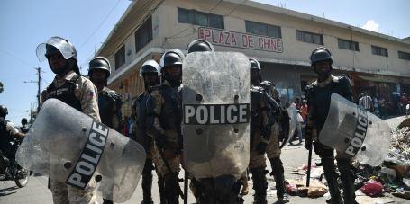 haiti-police-raid-riot